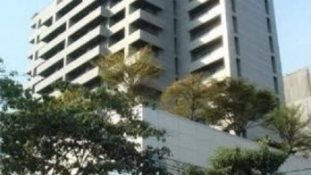 Park Thonglor Tower