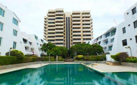 Chom Talay Resort