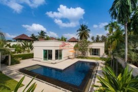 3 bedroom house for sale in Mabprachan Lake, Pattaya