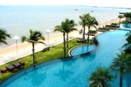 3 bedroom condo for sale in Na Kluea, Pattaya