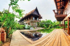 6 bedroom house for rent in Suan Luang, Bangkok
