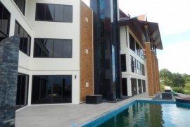6 bedroom villa for sale in Bang Kao, Sai Buri