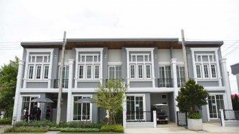 Golden Town 3 Bangna-Suanluang