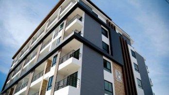 De Blue Resort & Condominium