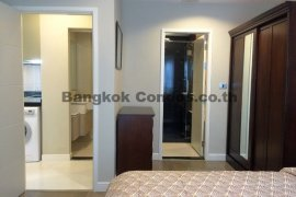 1 bedroom condo for rent in The Crest Sukhumvit 24 near BTS Phrom Phong