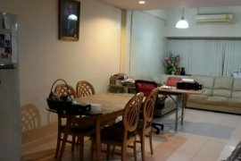 4 bedroom townhouse for sale near Airport Rail Link Hua Mak