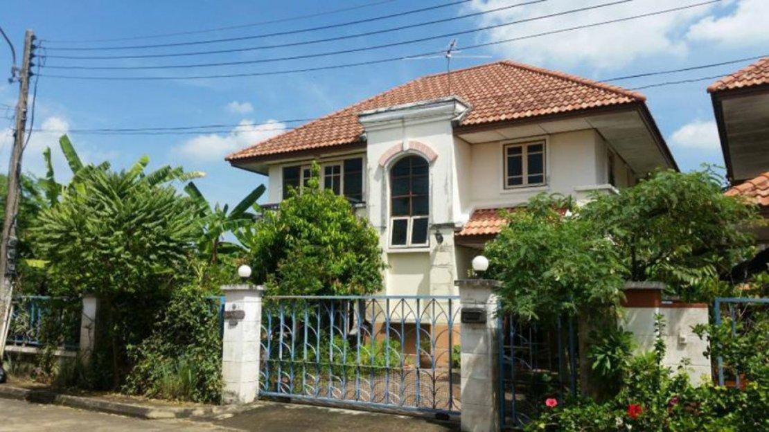 Garden Villa 1 Rangsit Pathum Thani 2 Houses For Sale