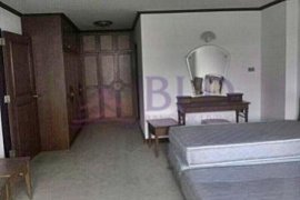3 bedroom condo for sale in D.S. Tower 1 Sukhumvit 33 near BTS Phrom Phong