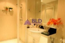 2 bedroom condo for sale in The 49 Plus 2 near BTS Thong Lo
