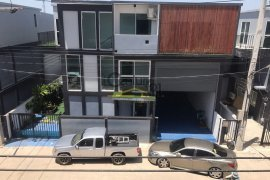 4 bedroom warehouse and factory for sale in Bang Nam Chuet, Mueang Samut Sakhon
