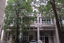 5 bedroom townhouse for sale or rent in Bang Chak, Phra Khanong