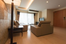 2 bedroom serviced apartment for rent in CNC HERITAGE near BTS Phrom Phong