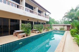 9 bedroom commercial for sale in Rawai, Mueang Phuket