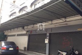Shophouse for sale in Yan Nawa, Bangkok