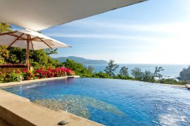 3 bedroom condo for sale in Kata, Mueang Phuket
