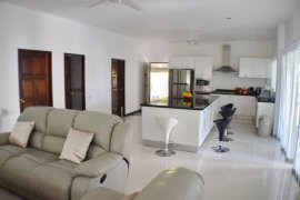 5 bedroom house for rent in Rawai, Mueang Phuket
