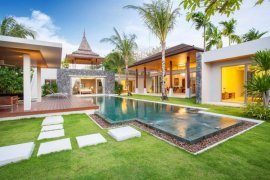 4 bedroom house for sale in Layan, Thalang