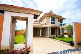 4 bedroom house for rent in Nong Pla Lai, Pattaya