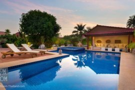 4 bedroom house for sale in Hua Hin, Prachuap Khiri Khan