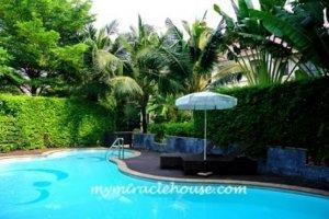 4 bedroom house  for rent near Airport Rail Link Ramkhamhaeng