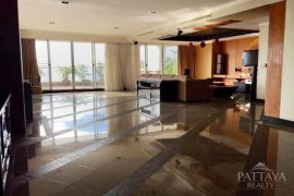 3 bedroom condo for sale in Na Kluea, Pattaya