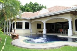 3 bedroom house for sale or rent in Jomtien, Pattaya