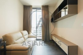 1 bedroom condo for rent in Edge Sukhumvit 23 near BTS Asoke