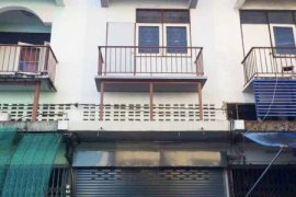 3 bedroom shophouse for rent in Mueang Chiang Mai, Chiang Mai