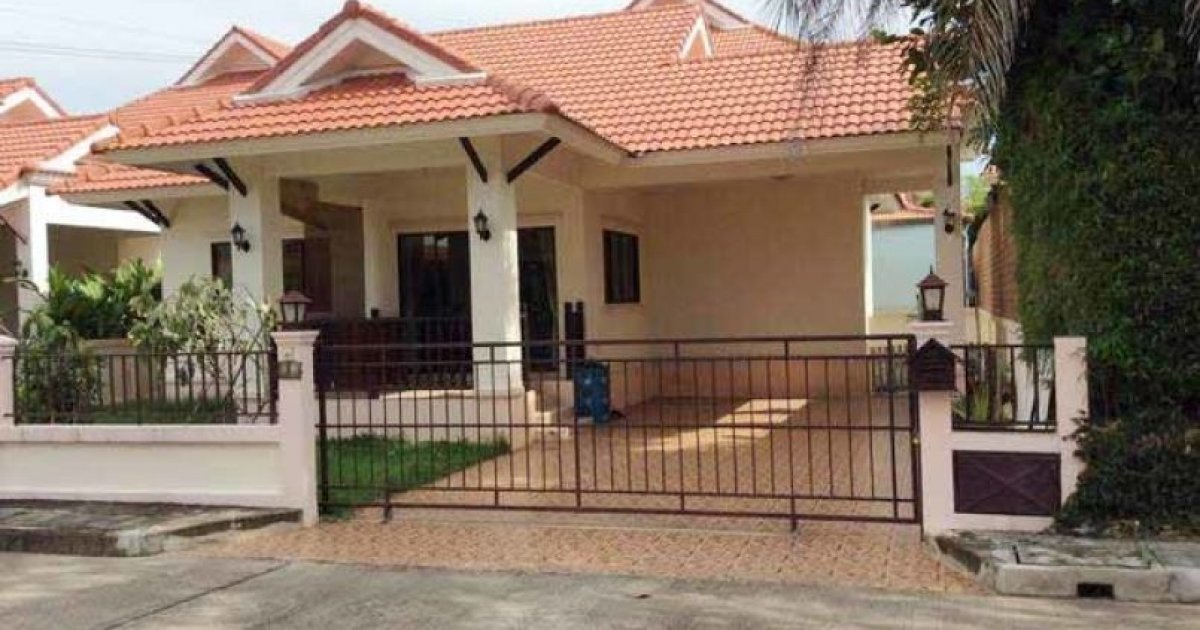 3 bed house for rent in san sai chiang mai 12 000 for Sofa bed homepro