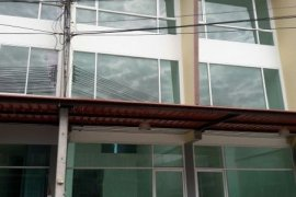 3 bedroom shophouse for rent in Cho Ho, Mueang Nakhon Ratchasima