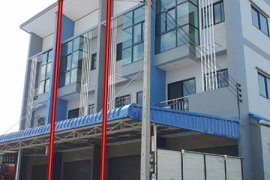 3 bedroom shophouse for rent in Noen Phra, Mueang Rayong