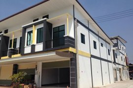 2 bedroom shophouse for rent in Tha Pradu, Mueang Rayong