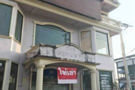 15 bedroom shophouse for rent in Pa Daet, Mueang Chiang Mai