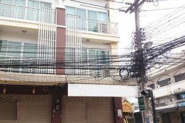 3 bedroom shophouse for rent in Mak Khaeng, Mueang Udon Thani