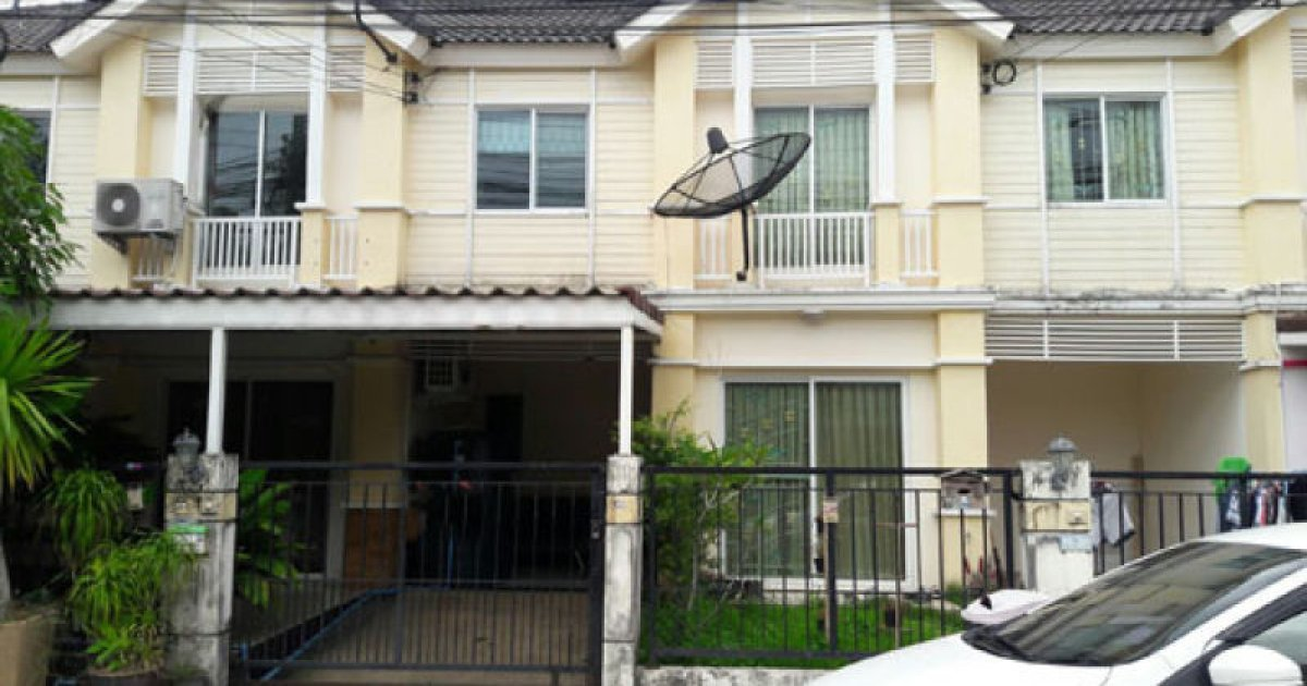 3 bed townhouse for rent in thep krasatti thalang 12 000
