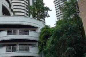 5 bedroom condo for rent in Flora Ville