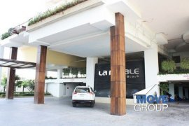 2 bedroom commercial for rent in Na Jomtien, Sattahip