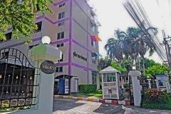 Chutima Apartment 1