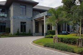 4 bedroom villa for sale near Airport Rail Link Makkasan