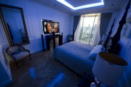 4 bedroom condo for sale in Khlong Tan Nuea, Watthana