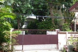 4 bedroom house for sale in Din Daeng, Bangkok