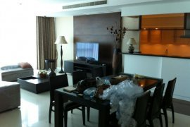 3 bedroom condo for rent near MRT Lumpini