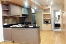 2 bedroom condo for rent near BTS Phra Khanong