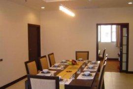 3 bedroom condo for rent in Khlong Toei Nuea, Watthana