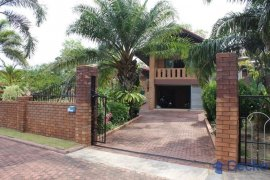 4 bedroom house for sale in East Pattaya, Pattaya