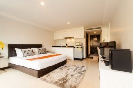 1 bedroom condo for sale in Choeng Thale, Thalang