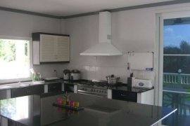 9 bedroom house for sale in Karon, Mueang Phuket
