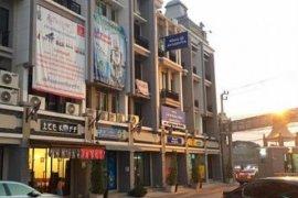2 bedroom shophouse for sale in Sam Wa Tawan Ok, Khlong Sam Wa