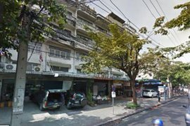 3 bedroom shophouse for sale near BTS Surasak