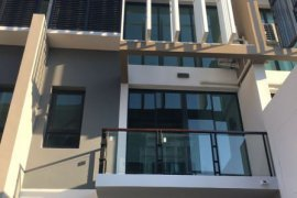 3 Bedroom House for rent in Bless Town Sukhumvit 50, Phra Khanong, Bangkok near BTS On Nut